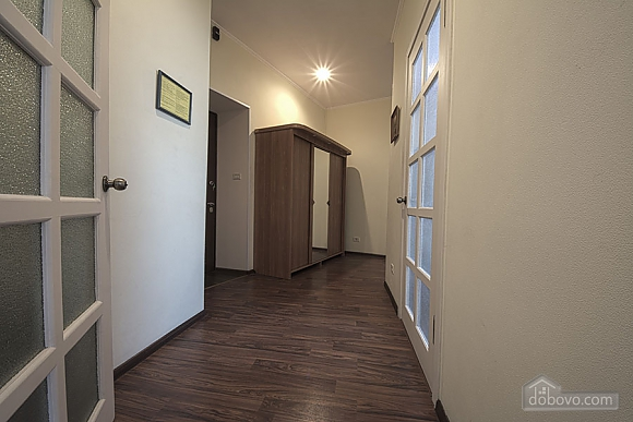 Апартаменты на Майдане Независимости, 2х-комнатная (55527), 007