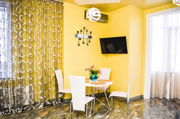 Современный пентхаус рядом с центральным парком и пляжем Ланжерон, 3х-комнатная (67447), 021
