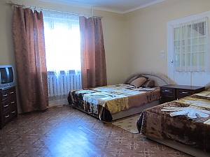 Rooms in a private house, Monolocale, 003