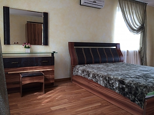 Cottage by the sea in Ilyichevsk, One Bedroom, 002