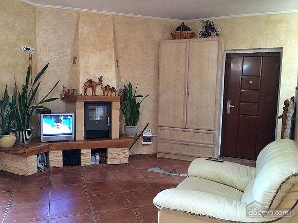 Cottage by the sea in Ilyichevsk, One Bedroom (36167), 008