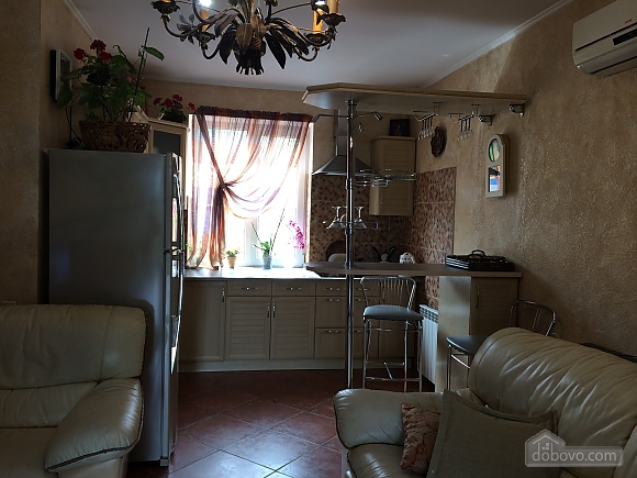 Cottage by the sea in Ilyichevsk, One Bedroom (36167), 009