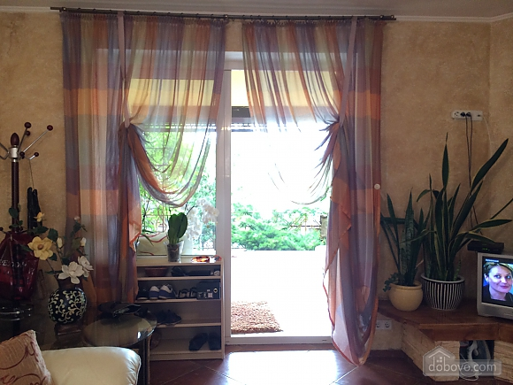 Cottage by the sea in Ilyichevsk, One Bedroom (36167), 010