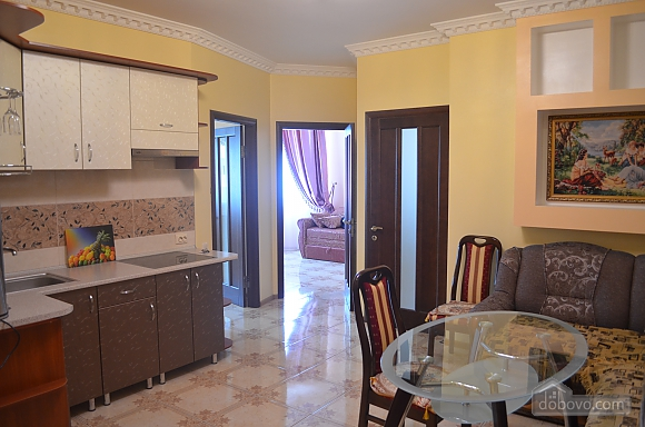 Apartment with sea views in the center of Odessa, Tre Camere (22152), 006