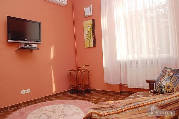 Квартира на площади Независимости, 2х-комнатная (79054), 003