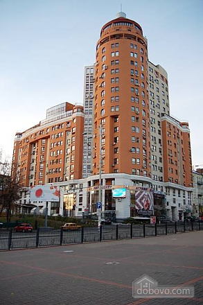 Квартира возле метро Дворец Спорта, 2х-комнатная (76964), 007
