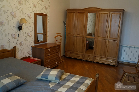 Beautiful apartment on Pozniaki, Two Bedroom (63725), 002