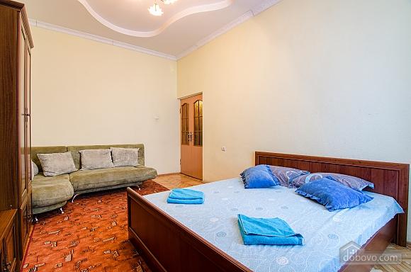 Квартира возле Оперного театра, 2х-комнатная (59286), 005