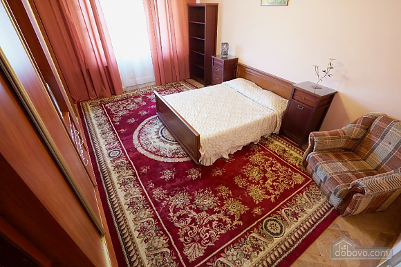 Apartment in the historical center, Studio (44400), 003