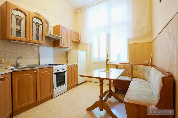 Apartment in the historical center, Studio (44400), 004