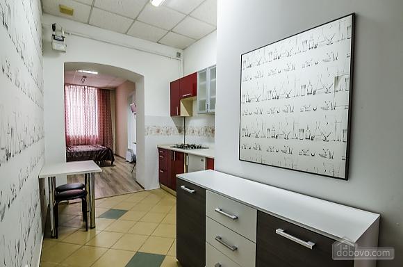 Квартира возле Оперного театра, 1-комнатная (20393), 005