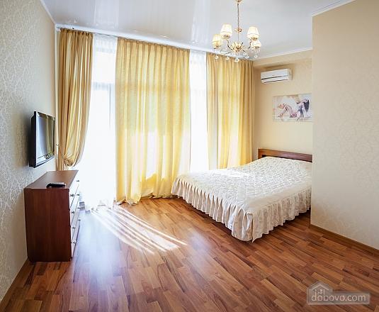 Квартира у моря з двома спальнями, 2-кімнатна (81502), 009