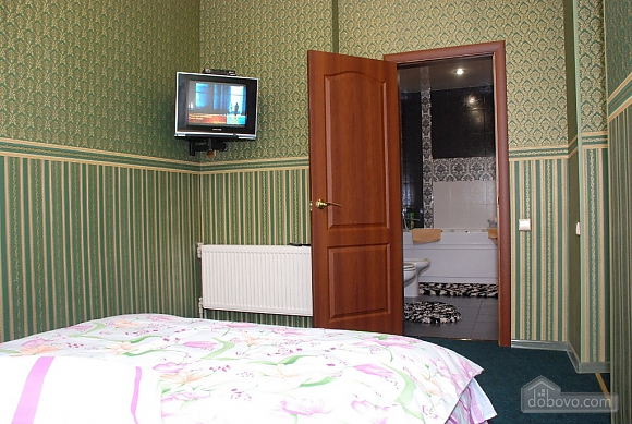 The apartment is in good repair, One Bedroom (14810), 005
