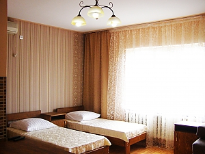 Comfortable rooms in the private house, Studio, 001