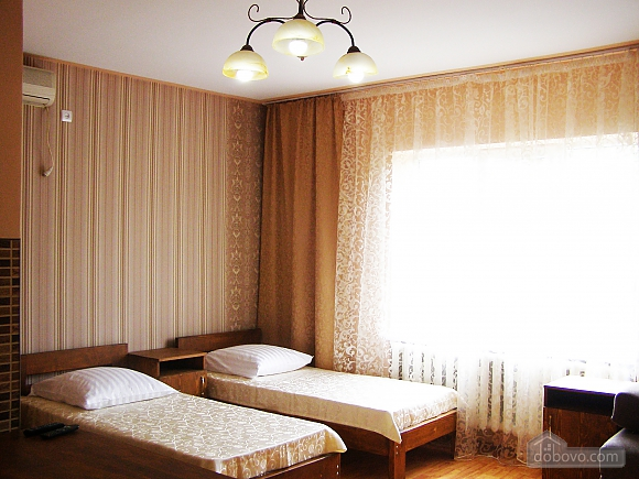 Comfortable rooms in the private house, Monolocale (10093), 001