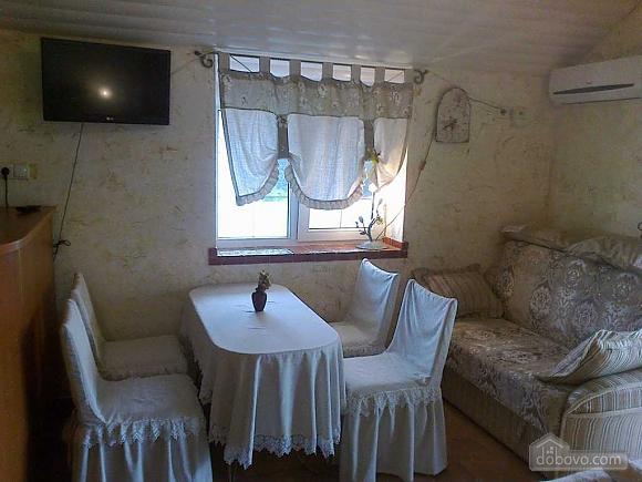 Апартаменти Chalet в селі Молодіжне, 1-кімнатна (73962), 006