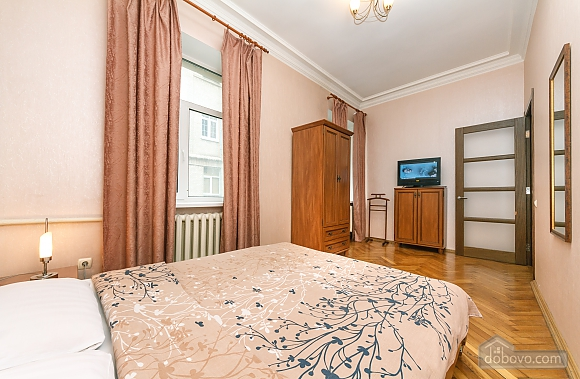 Квартира возле Майдана Независимости, 2х-комнатная (62093), 004