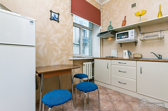 Квартира возле Майдана Независимости, 2х-комнатная (62093), 012