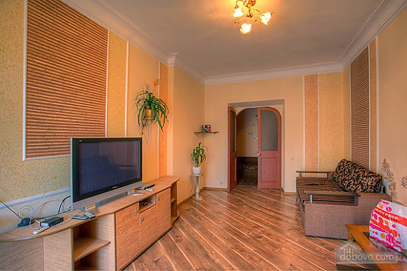 Spacious apartment overlooking Khreschatyk, Tre Camere (18514), 004