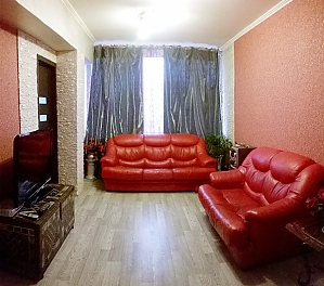 Cozy apartment near Zoloti Vorota metro station, Tre Camere, 002