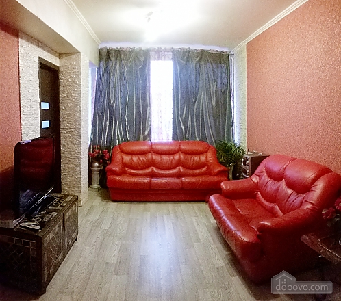 Cozy apartment near Zoloti Vorota metro station, Tre Camere (39769), 002