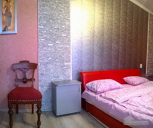 Cozy apartment near Zoloti Vorota metro station, Tre Camere (39769), 016