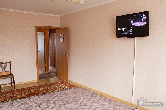 Квартира з цікавим дизайном у тихому районі, 2-кімнатна (23385), 004