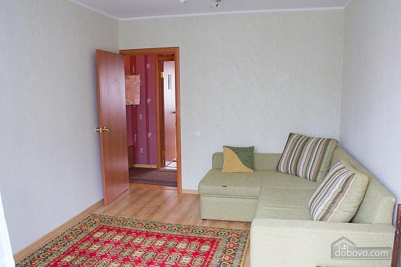 Квартира з цікавим дизайном у тихому районі, 2-кімнатна (23385), 009
