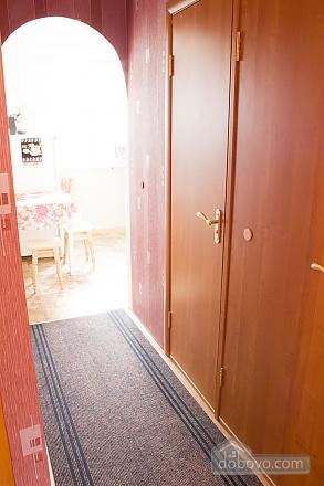 Квартира з цікавим дизайном у тихому районі, 2-кімнатна (23385), 012