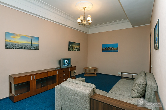 Квартира на площади Льва Толстого, 2х-комнатная (10886), 002