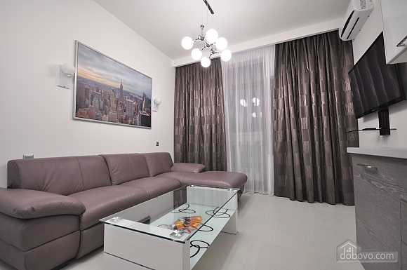 Bright stylish apartment with jacuzzi in new building in the center of Odessa, One Bedroom (30751), 005