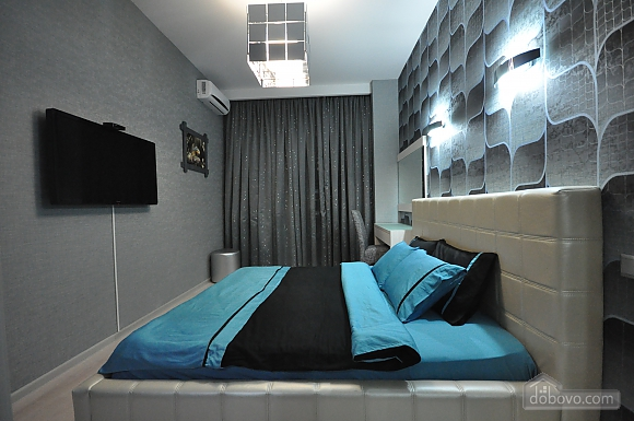 Bright stylish apartment with jacuzzi in new building in the center of Odessa, One Bedroom (30751), 013
