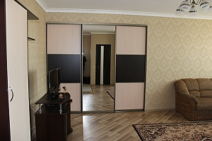 Luxurious apartment near the pump room, One Bedroom, 002