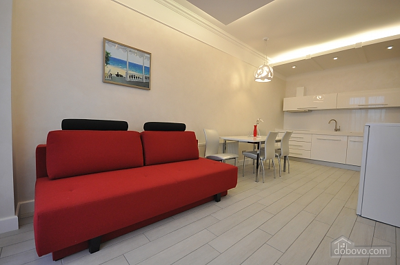 Apartment after renovation in a new house, Zweizimmerwohnung (40882), 001
