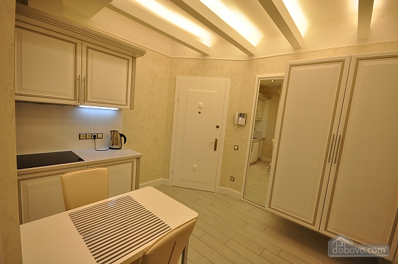 New bright apartment with jacuzzi, One Bedroom (45477), 008