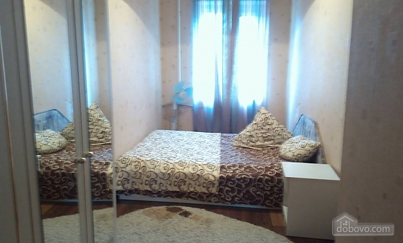 Apartment in 10-minute walk to the beach, Un chambre (95581), 009