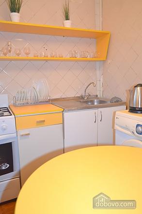 Квартира в тихом дворике возле метро Контрактовая площадь, 2х-комнатная (59060), 004