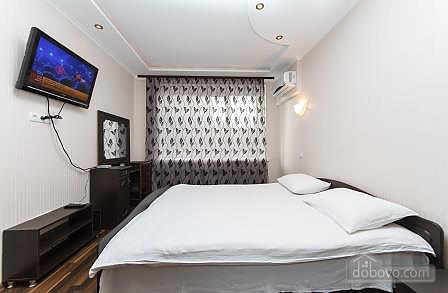 Квартира біля Арена Сіті, 3-кімнатна (73861), 004