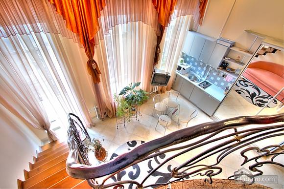Гарна дворівнева квартира, 1-кімнатна (91306), 013