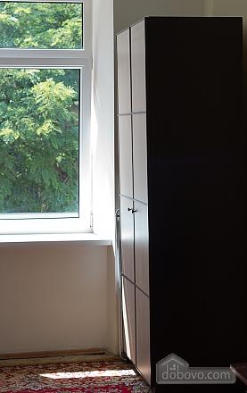 Квартира біля площі Ринок, 2-кімнатна (62974), 009