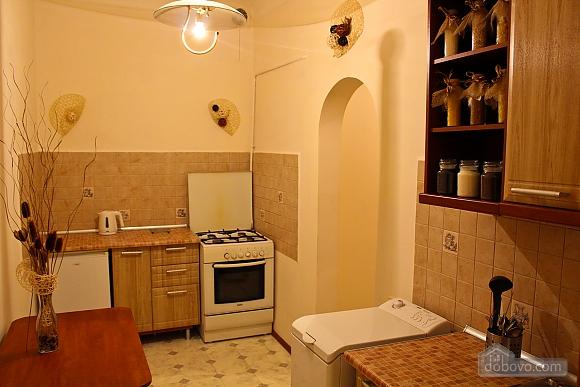 Квартира біля площі Ринок, 2-кімнатна (62974), 004