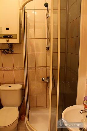 Квартира біля площі Ринок, 2-кімнатна (62974), 013