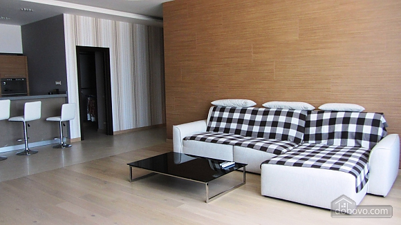 Luxury apartment by the sea, Due Camere (11060), 001