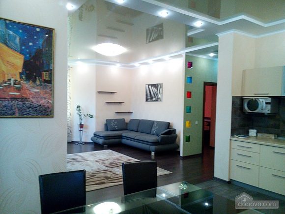 Comfortable apartment in a new house, Un chambre (32325), 011