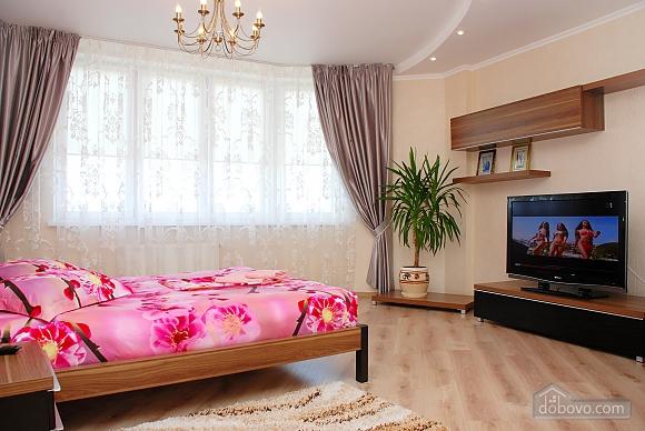 Квартира возле МВЦ, 1-комнатная (96625), 002