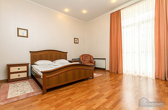 Apartment near Bessarabska square, Two Bedroom (32054), 009