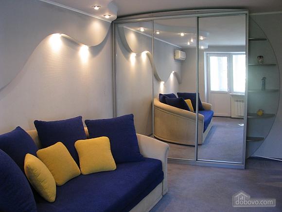 Квартира в центрі, 1-кімнатна (74282), 001