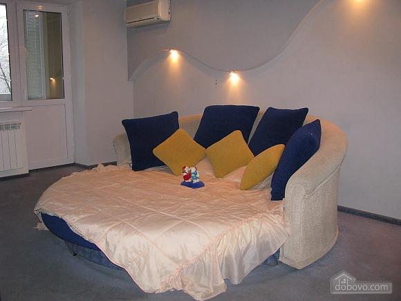 Квартира в центрі, 1-кімнатна (74282), 002
