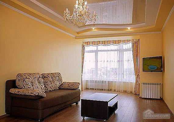 Spacious apartment with a wood burning fireplace, Due Camere (65101), 005