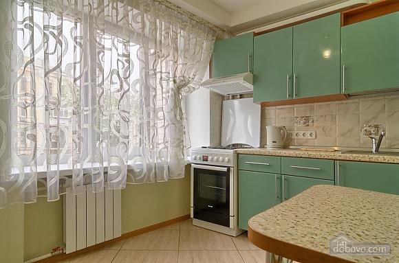 Квартира напротив Костела, 2х-комнатная (63997), 008